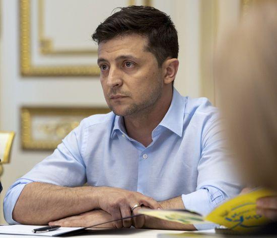 Зеленський закликав РФ відновити контроль над найманцями на Донбасі. У Мережі обурені