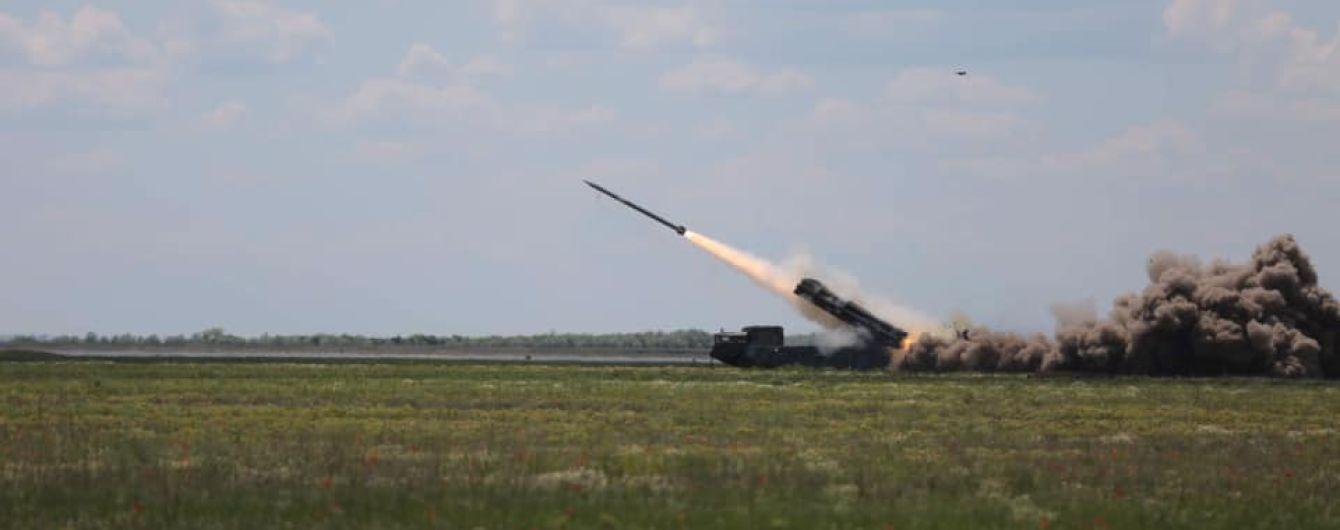"""Українські військові випробували ракетні комплекси """"Вільха"""""""