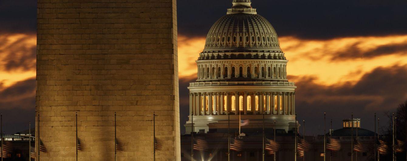 Сенат США пропонує суттєво збільшити фінансову допомогу на оборону України