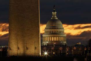 Сенат США предлагает существенно увеличить финансовую помощь на оборону Украины