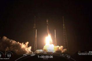SpaceX запустила ракету с 60 спутниками для раздачи Интернета на Землю