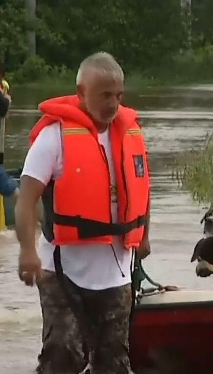 После сильных ливней на севере Словакии объявили об угрозе наводнений