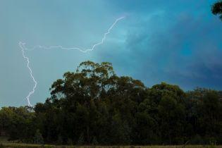 Синоптики объявили штормовое предупреждение на Западной Украине и Житомирщине