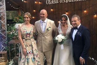 Кароль пела босиком, а Сердючка зажгла на сцене: как звезды гуляли на свадьбе Потапа и Насти