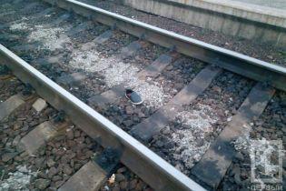 В Кривом Роге женщине отрезало ноги поездом