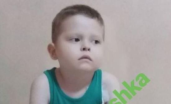 Трансплантація кісткового мозку може врятувати життя Антону