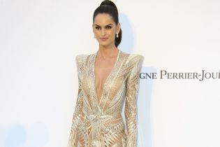 """В """"голій"""" сукні за 20 тисяч доларів: Ізабель Гулар в Каннах"""