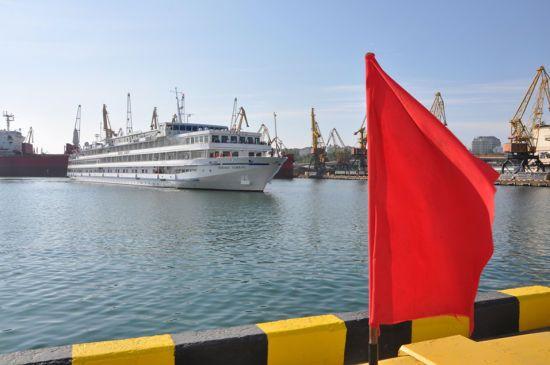 В Одеському морському порту відкрився круїзний сезон візитом теплохода Viking Sineus