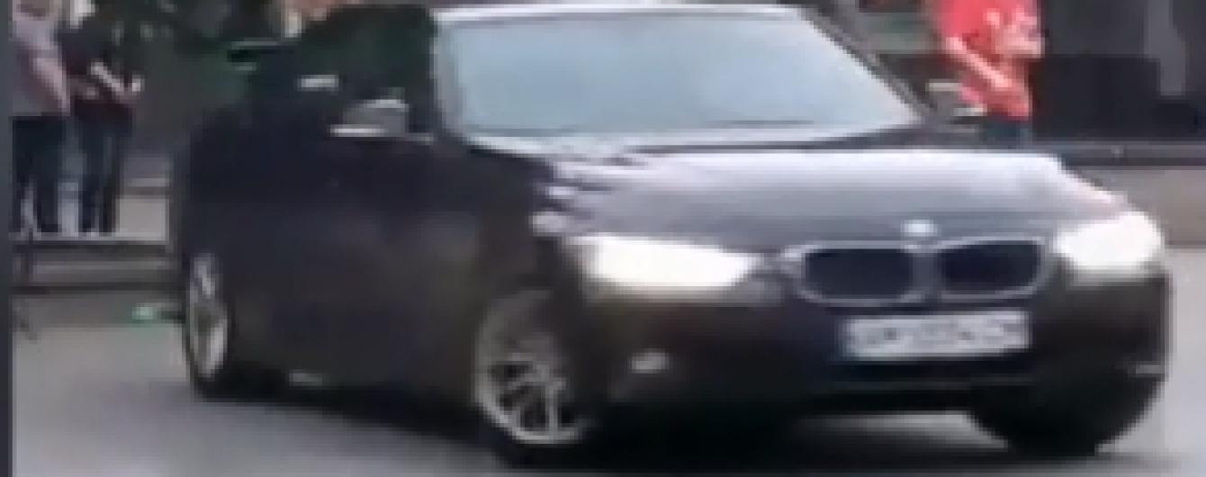 В Житомире лихача на BMW задержали благодаря видео в Сети