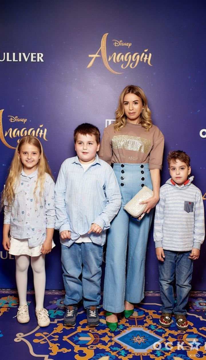 Звезды на премьере фильма