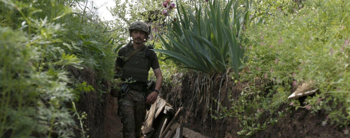 Терористи 34 рази відкривали вогонь на Донбасі: троє бійців ООС поранені