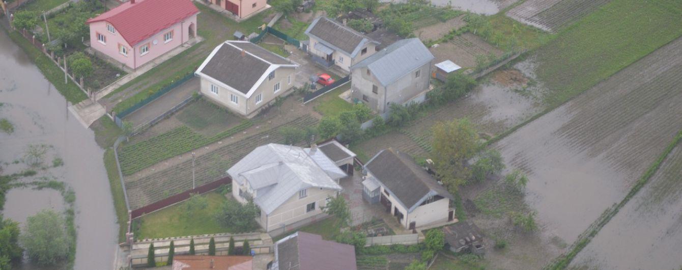Масштабные наводнения: спасатели отчитались о последствиях разрушительной стихии на западе Украины