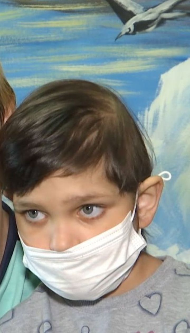 Родина онкохворої дівчинки просить дати дитині шанс на одужання