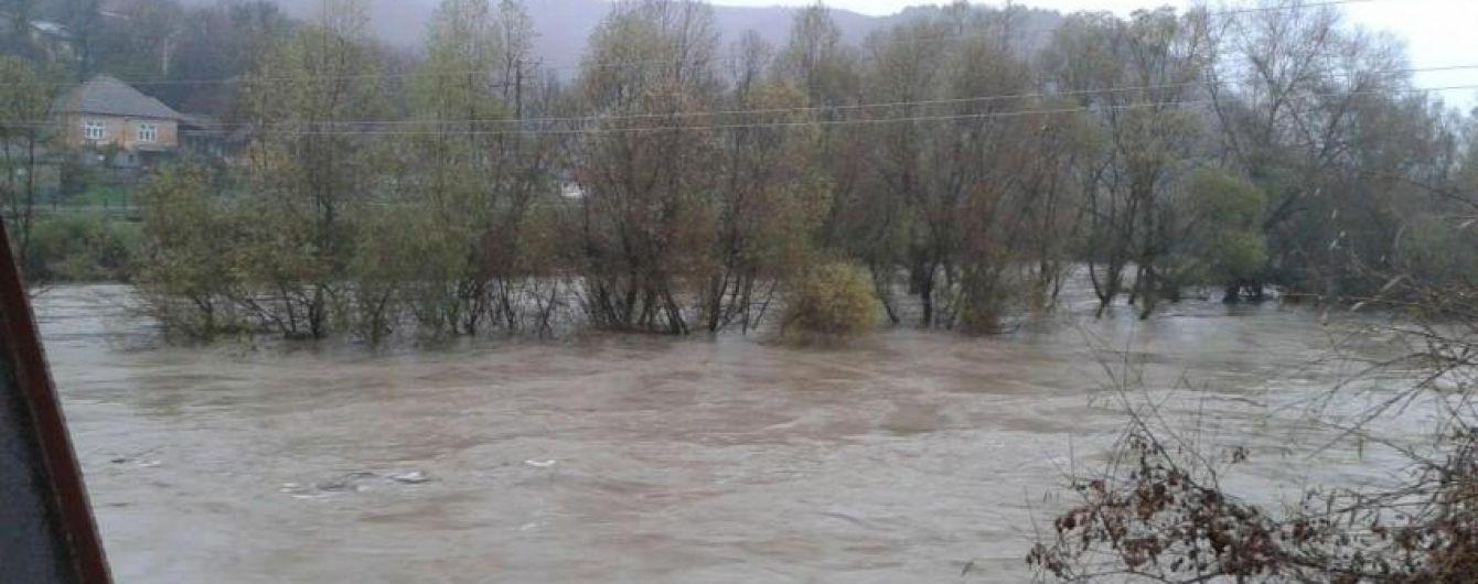 На Закарпатье посчитали миллионные убытки от разгула стихии