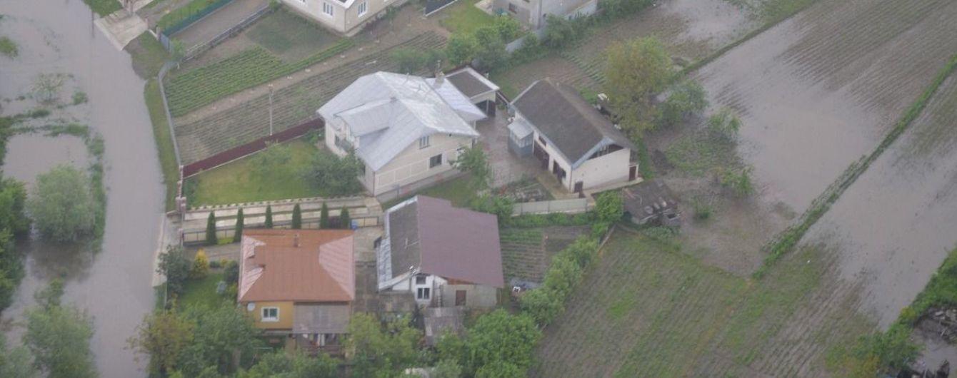 Местная власть Закарпатья посчитала убытки от паводка