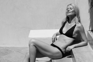 Какая фигура: 46-летняя Гвинет Пэлтроу поделилась серией снимков в купальниках