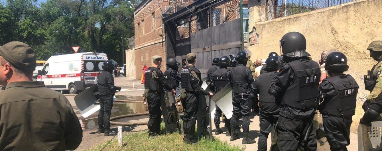 У поліції розповіли подробиці бунту в одеській колонії: постраждали четверо працівників установи