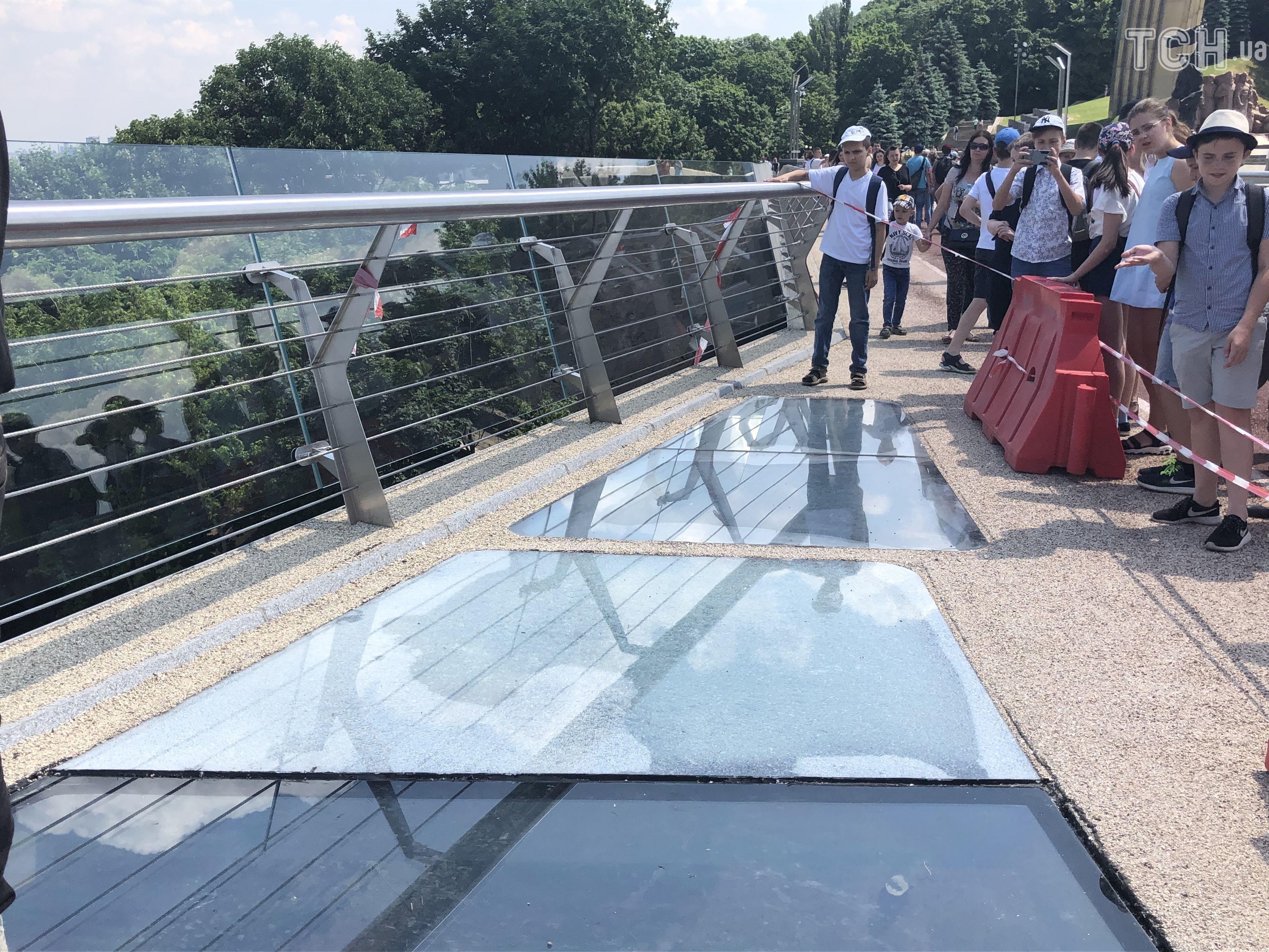 заміна скла на мосту у Києві 6