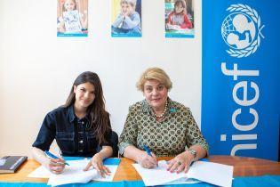 Певица Michelle Andrade стала другом ЮНИСЕФ в Украине
