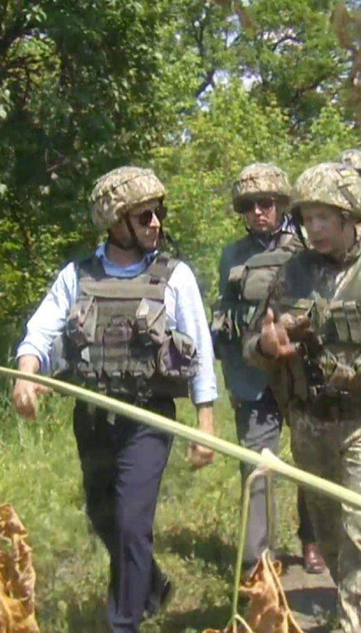 Полное видео поездки Зеленского на фронт