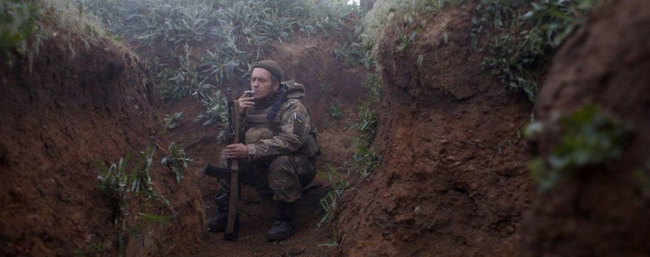 Террористы на Донбассе стреляют из запрещенного оружия