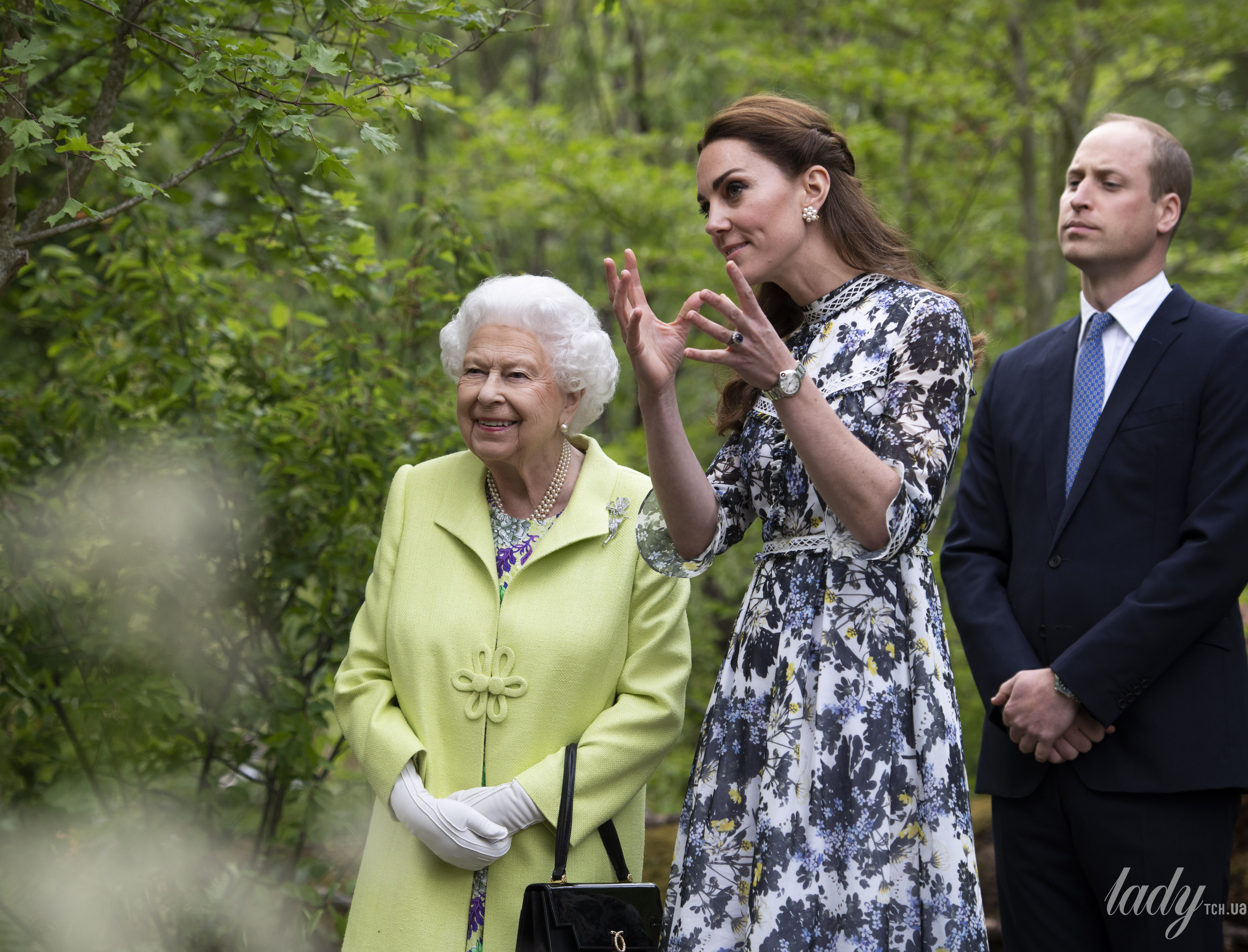 Герцогиня Кембриджская и королева Елизавета II_6