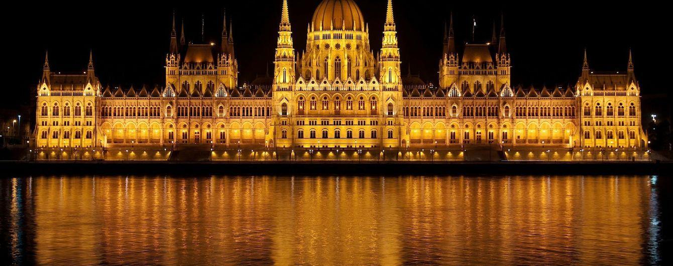 В Будапеште затонул катер с туристами: 7 погибших, около 20 пропавших без вести