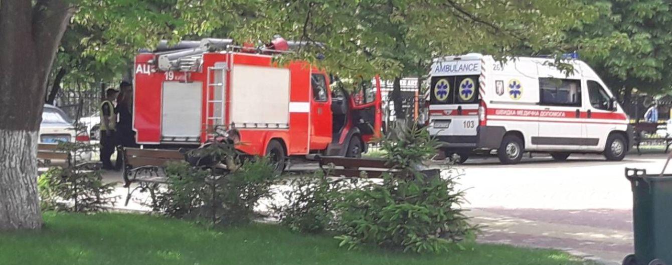 Двух киевлян задержали по подозрению в псевдоминированиях Харькова