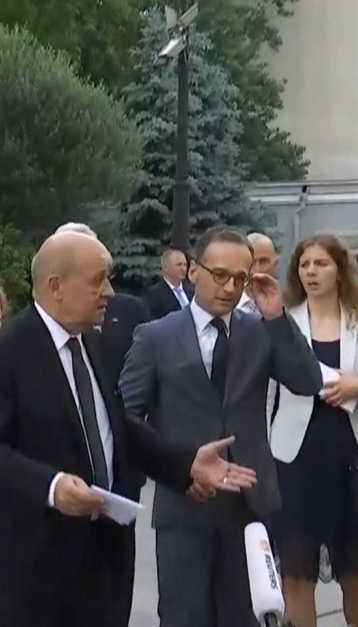 Зеленский обсудил с зарубежными министрами пути установления мира на Донбассе