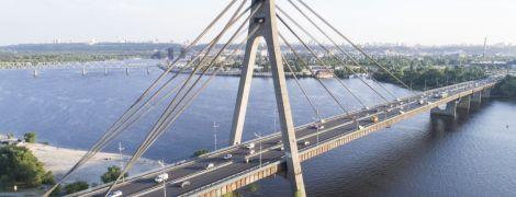 У Києві обмежать рух на одному з мостів через Дніпро
