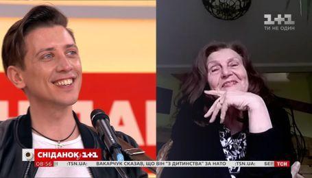 "Італійський співак Альфонсо Олівер переспівав пісню Скрябіна ""Мам"""