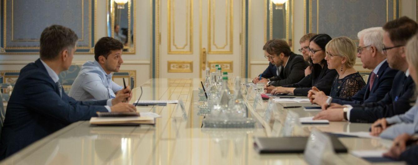 Заверил в проевропейском курсе: Зеленский провел встречу с главами МИД Польши и Швеции