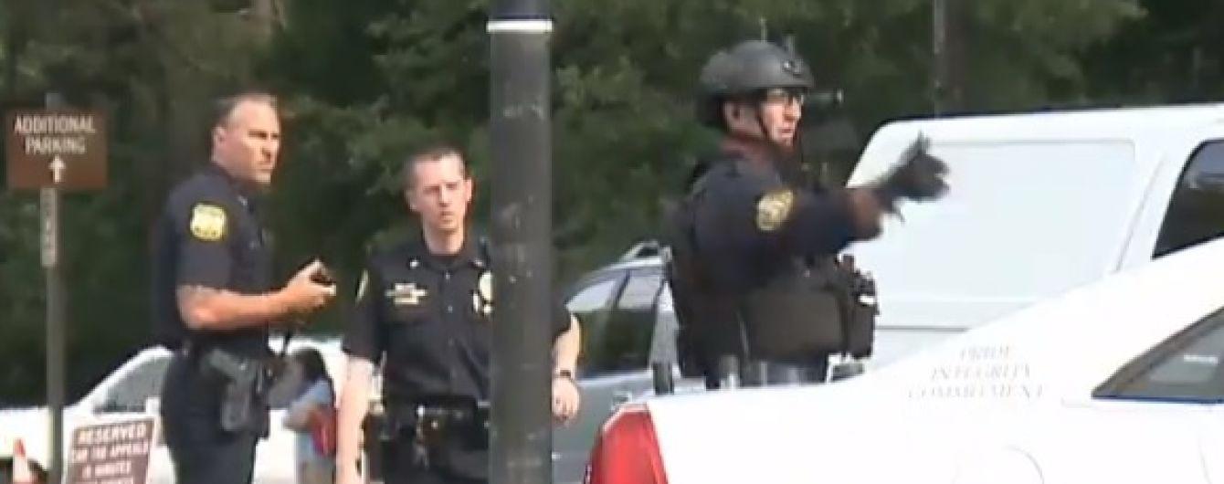 В США коммунальщик устроил стрельбу в муниципальном здании: 11 погибших