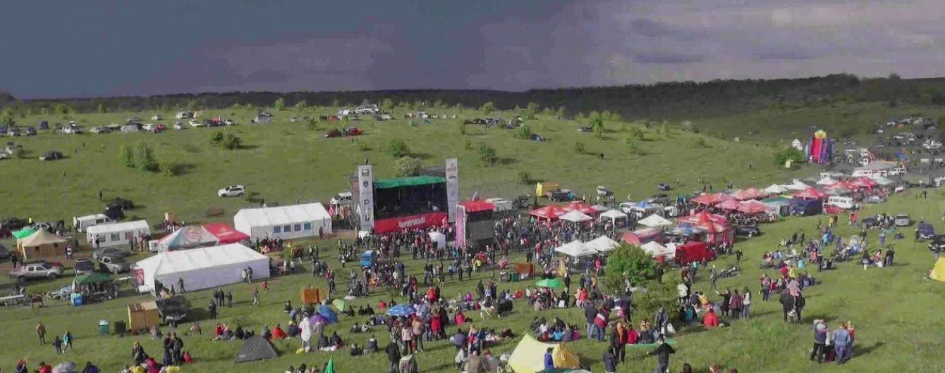 Разрушительный ураган на Kozak Fest. Организаторы отменили все выступления и закрыли фестиваль