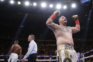 Енді Руїс сенсаційно нокаутував Джошуа і став новим чемпіоном світу в надважкій вазі