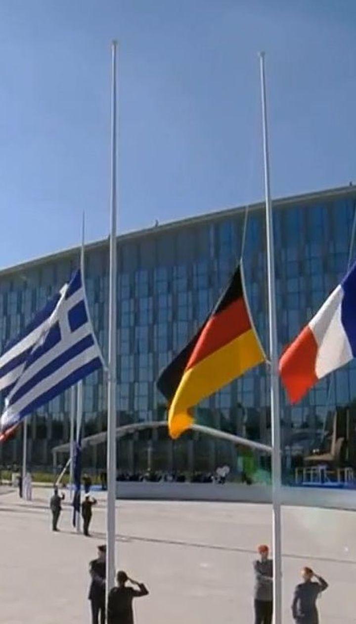 Украину ждут в НАТО, несмотря на войну с Россией