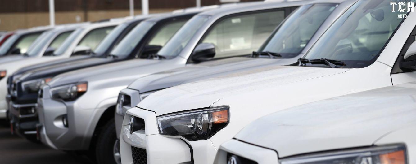 На українському ринку нових авто змінився лідер. З'явився рейтинг за травень