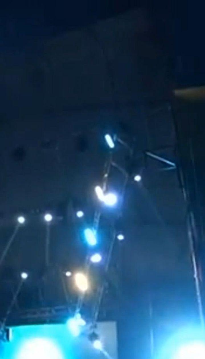 Стала известна предварительная версия обвала сцены на фестивале Kozak Fest