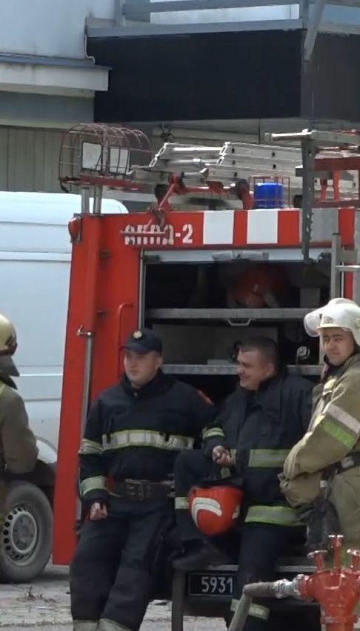 Из-за сообщения о заминировании в Черновцах эвакуировали аэропорт