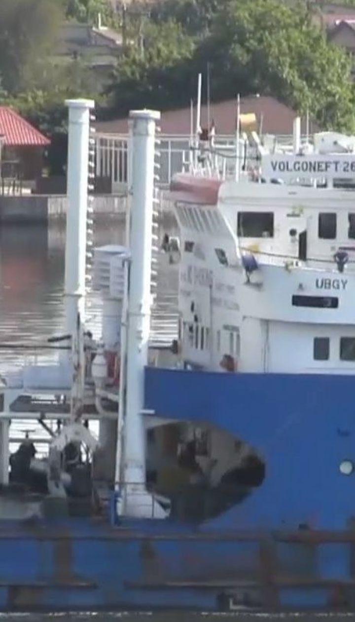 Після відвідин анексованого Криму до України без перешкод входять кораблі