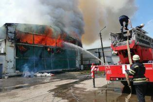 У Василькові сталася масштабна пожежа на птахофабриці