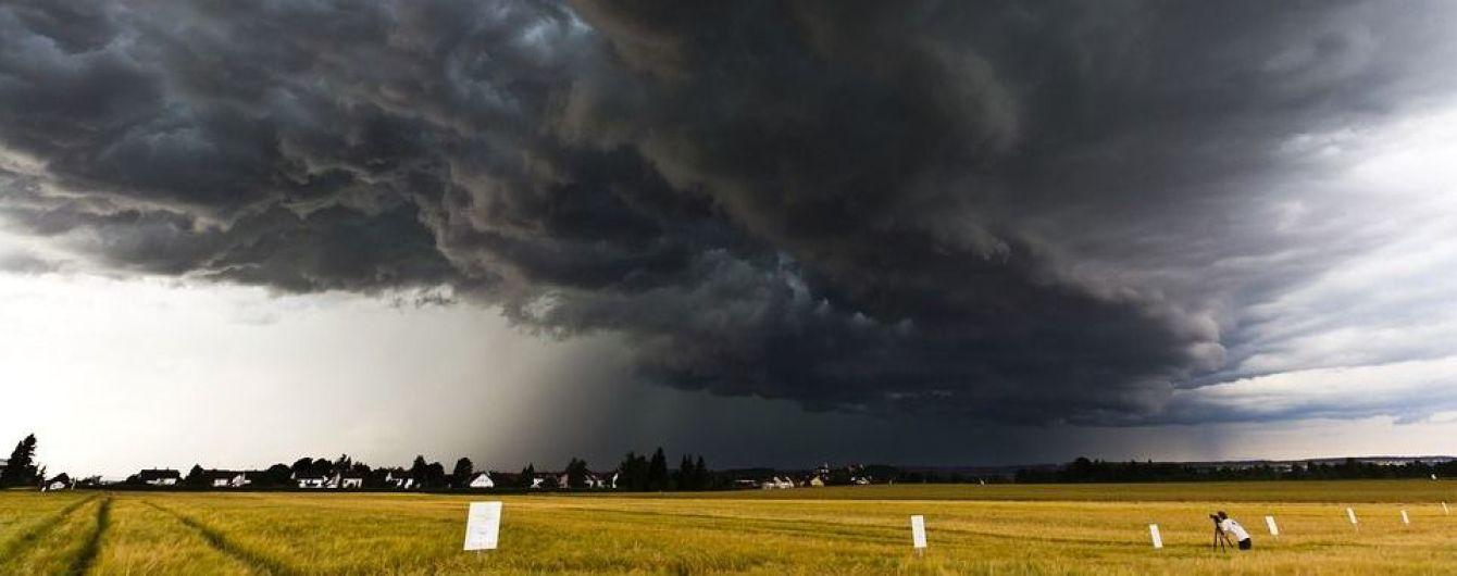 У західних областях оголошено штормове попередження