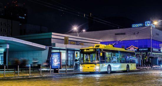 У Києві змінять маршрут руху нічних тролейбусів