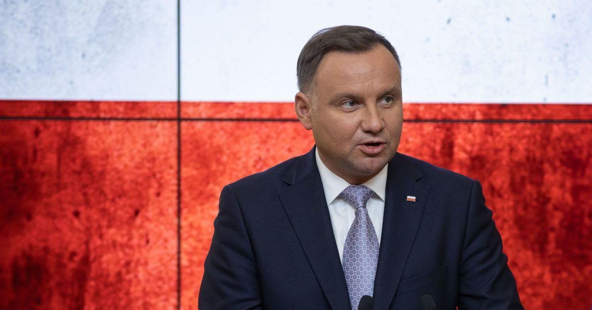 Президент Дуда висловив співчуття у зв'язку зі смертю українців у ДТП в Польщі