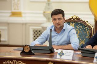 Зеленський визначився з тимчасовими керівниками 12 областей України