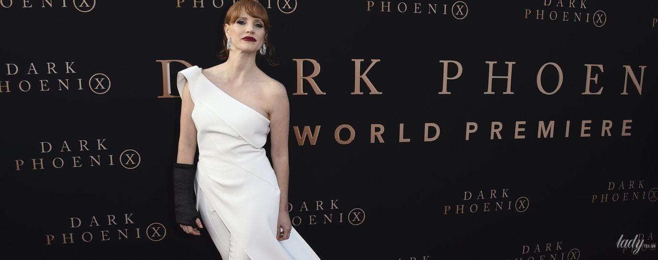 Леди в белом: красивая Джессика Честейн на премьере фильма в Лос-Анджелесе