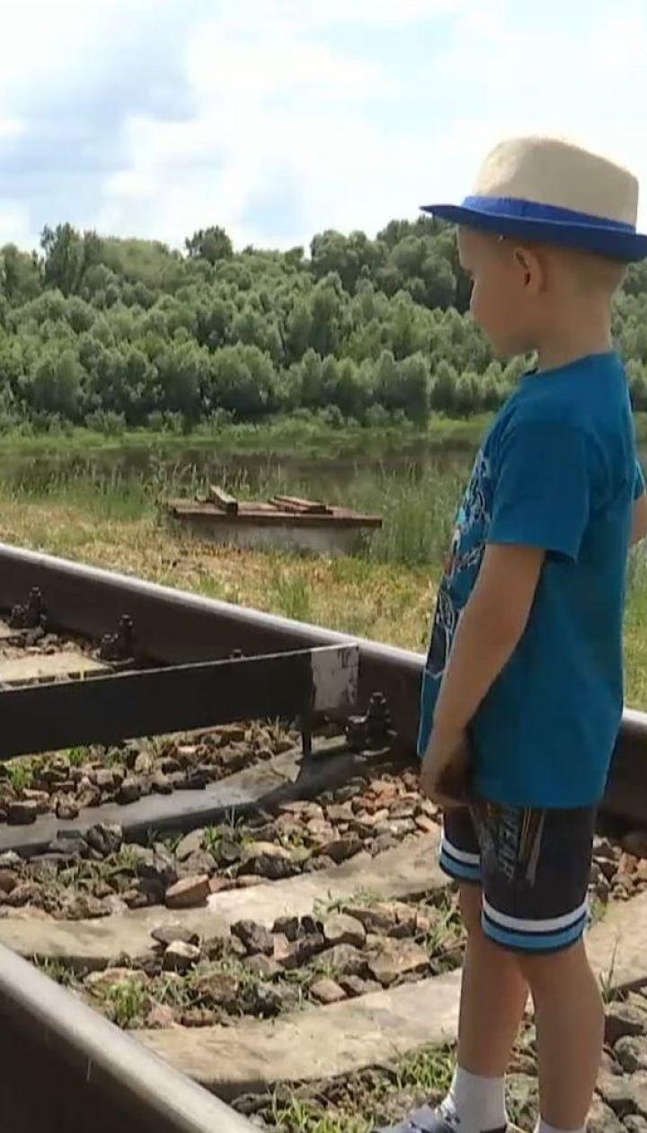 Реконструкция моста: в Черниговской области селяне могут остаться без единственного перехода через реку