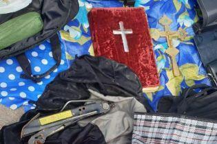 Полиция задержала мужчину, который обокрал 40 храмов в Украине