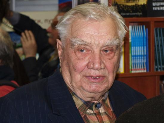 Помер відомий український письменник Юрій Мушкетик
