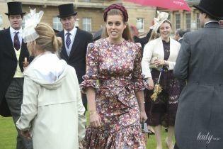 У грайливій сукні з рюшами: принцеса Беатріс на садовій вечірці